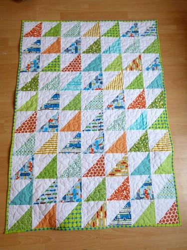 HST Baby Quilt - Done!