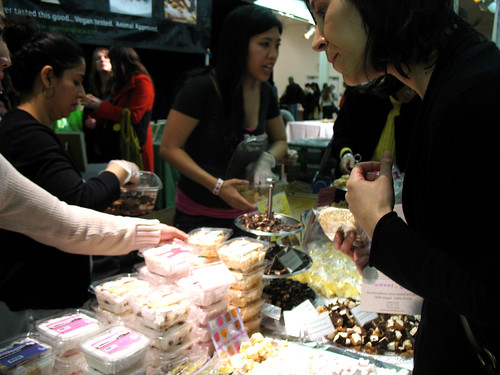 2012vegfest_photo_05