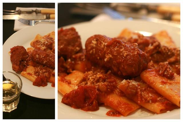 Il ragù della domenica (Sunday slow cooked meat & tomato sauce) | Z ...