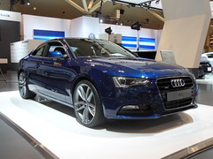 audi a7(0.0), automobile(1.0), automotive exterior(1.0), audi(1.0), executive car(1.0), family car(1.0), wheel(1.0), vehicle(1.0), automotive design(1.0), auto show(1.0), audi a5(1.0), audi sportback concept(1.0), bumper(1.0), land vehicle(1.0), luxury vehicle(1.0), coupã©(1.0),