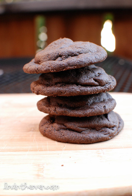 stuffedmintcookies-8