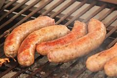 boerewors(0.0), sausage(1.0), frankfurter wã¼rstchen(1.0), grilling(1.0), italian sausage(1.0), vienna sausage(1.0), mettwurst(1.0), longaniza(1.0), food(1.0), dish(1.0), weisswurst(1.0), cuisine(1.0), breakfast sausage(1.0), kielbasa(1.0), bratwurst(1.0),
