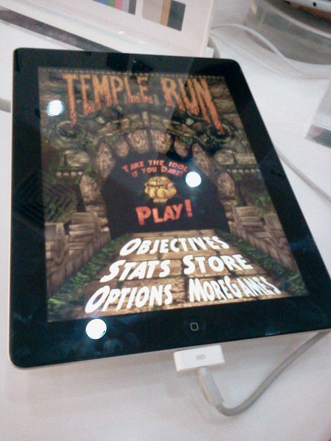 Temple Run Game on iPad2 iPod Touch