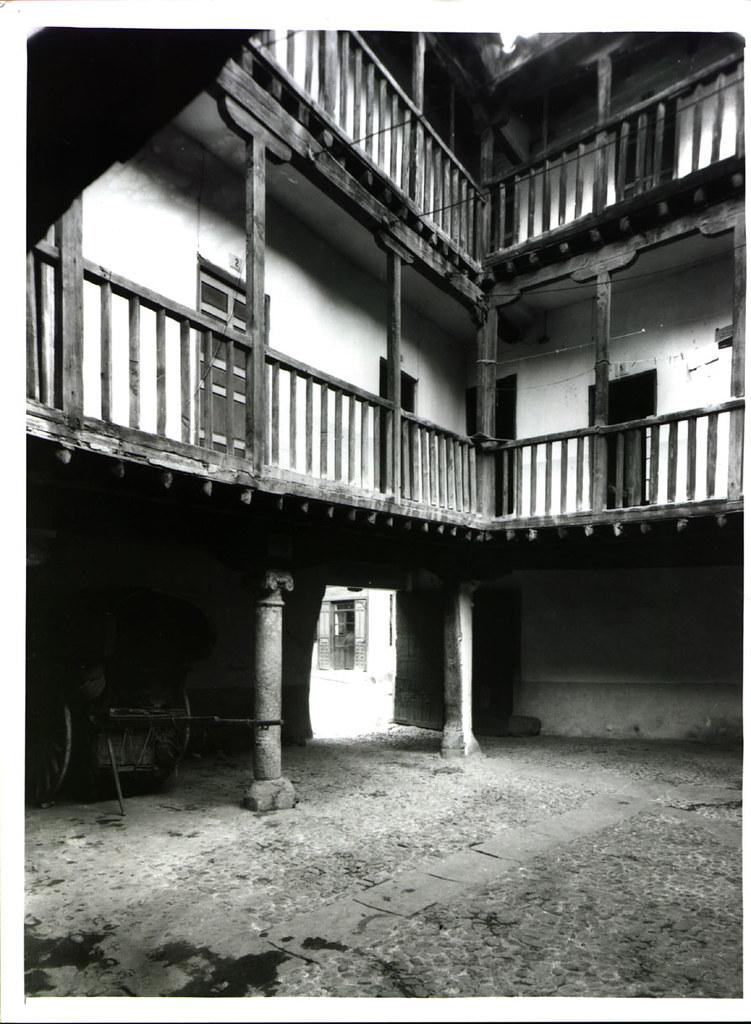 Patio de la Posada de la Sangre hacia 1933. Cortesía de José Pedro Muñoz Herrera