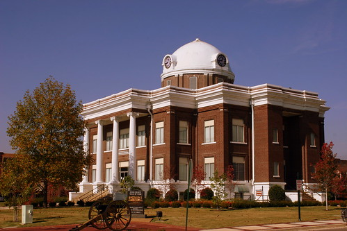 Dyer County Courthouse (Main View) - Dyersburg, TN
