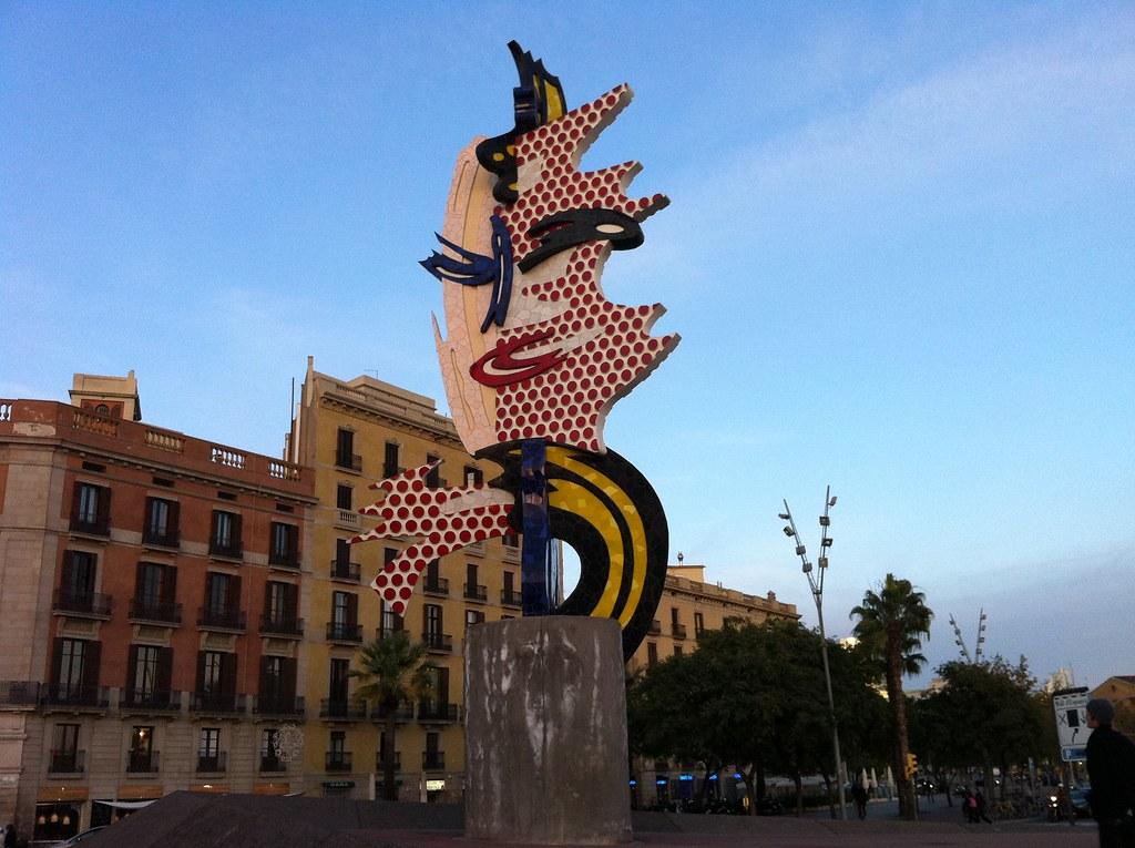 Barcelona Head sculpture by Lichtenstein