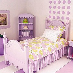infant bed(0.0), nursery(0.0), pink(0.0), duvet cover(1.0), bed frame(1.0), textile(1.0), furniture(1.0), purple(1.0), room(1.0), bed sheet(1.0), lilac(1.0), bed(1.0), interior design(1.0), bedroom(1.0),