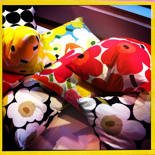 #marimekko ... I could just fall asleep on those cushions!