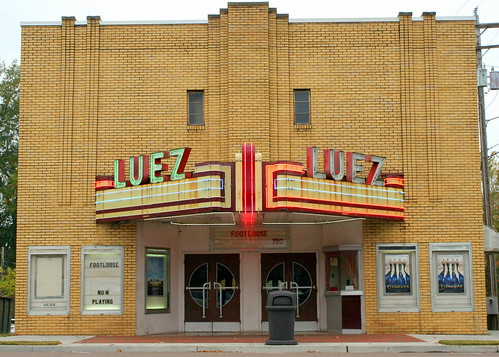 Luez Theater - Bolivar, TN