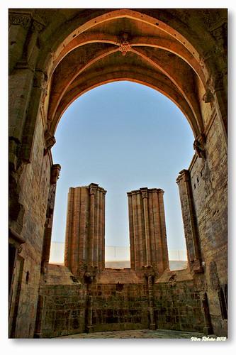 Capela-mor do Mosteiro de Santa Clara-a-Velha by VRfoto