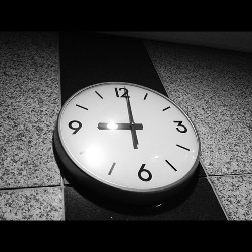 21:00 #photodang #iphone4s #clock