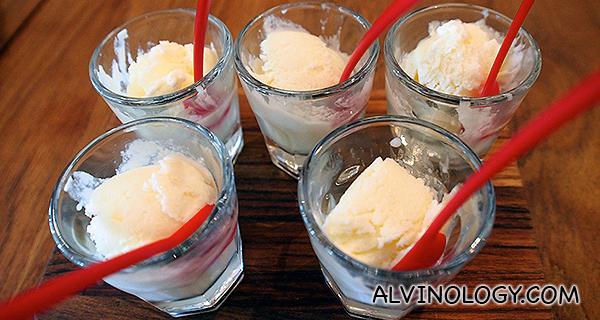 Leche Merengada con PX (tasting portion) - Meringue Milk Ice-Cream with Pedro Ximenez Dessert Wine