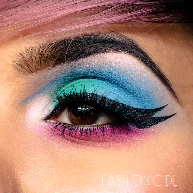 Urban Decay Alice Through The Looking Glass Makeup Look (2 of 6)