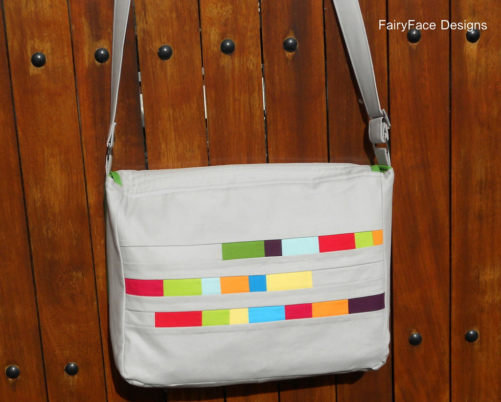 Messenger bag back