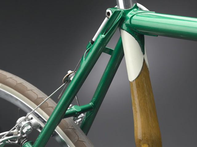Panda The Action_seat post c