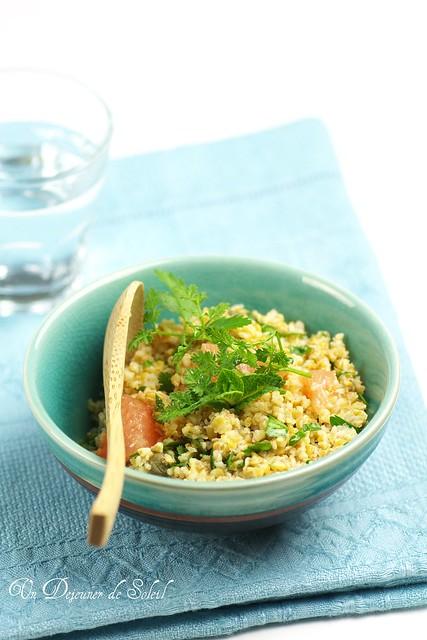 Spelt bulghur with grapefruit and fresh herbs