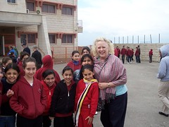 Elaine Thomas with Palestinian schoolchildren