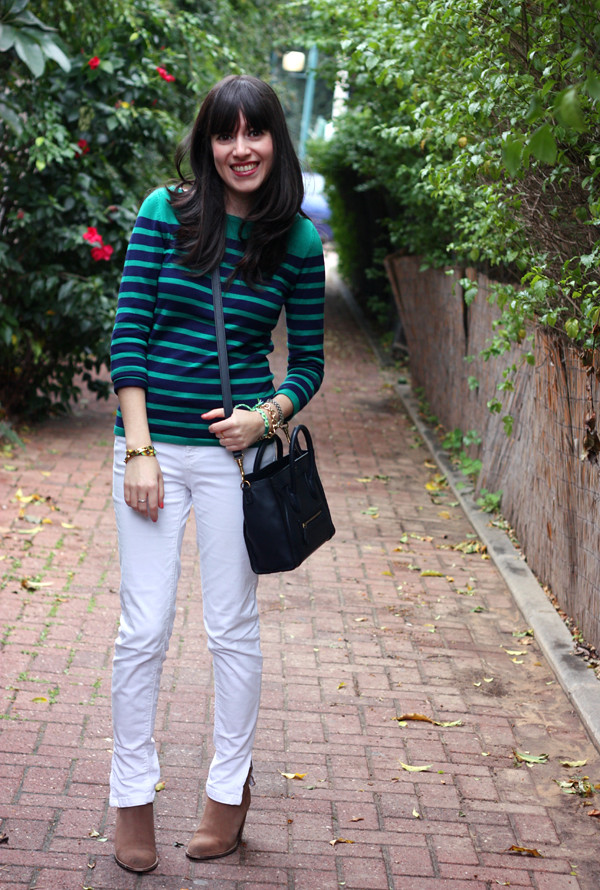 striped_top_white_jeans_celine_bag6