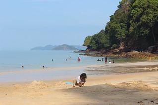 Immagine di Pantai Pasir Hitam (Black Sand Beach) Black Sand Beach.