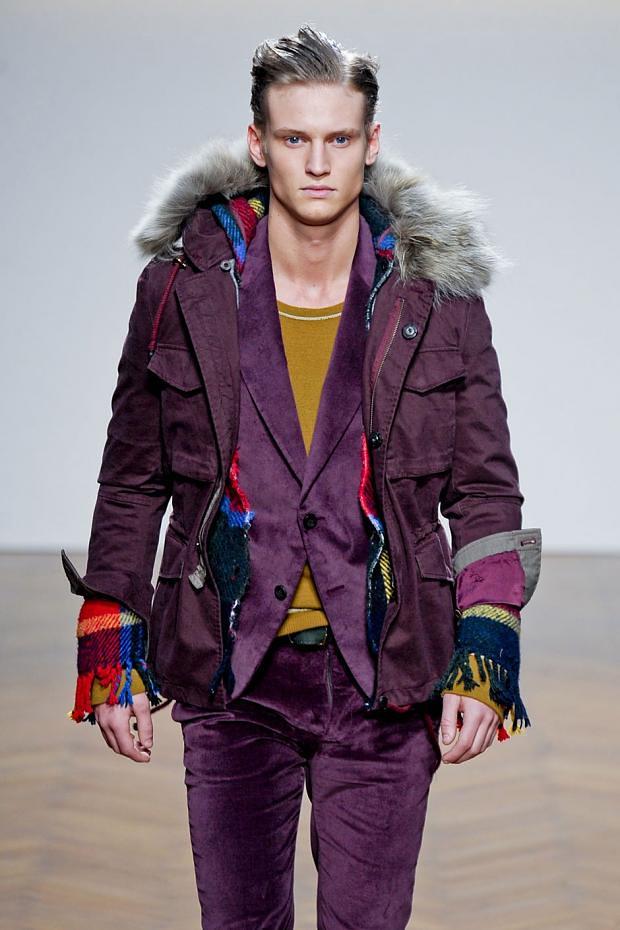 Alexander Johansson3443_2_FW12 Milan Daniele Alessandrini(fashionising.com)