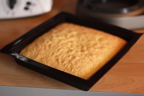 recette du tiramisu au chocolat nestl au caf ma p 39 tite cuisine. Black Bedroom Furniture Sets. Home Design Ideas
