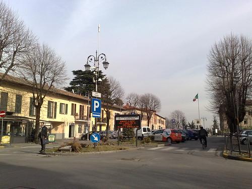 Piazza Cavaur by durishti