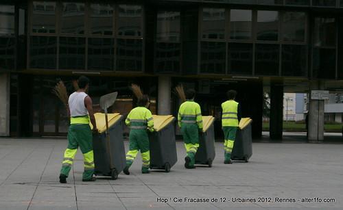 Hop ! Par la compagnie Fracasse de 12 @ Urbaines 2012, Rennes-39