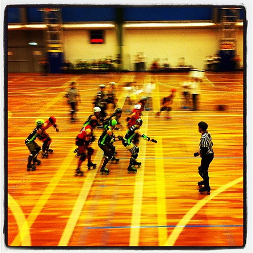 BREAKING: First Ever #RollerDerby Bout in Holland! #AMSBAM