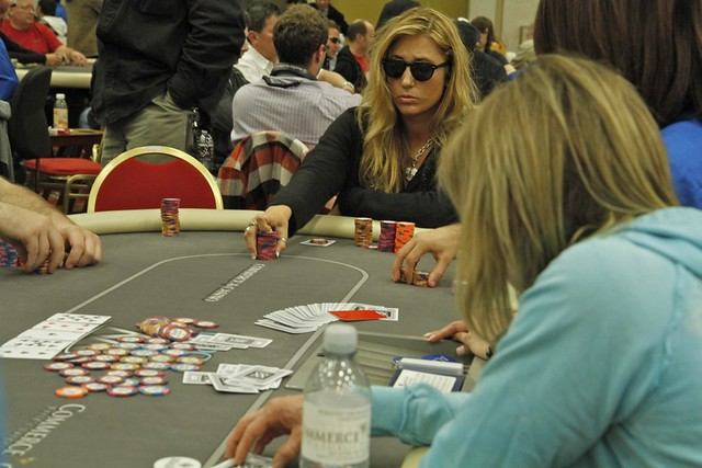 6715 Vanessa Rousso vs Jennifer Harman