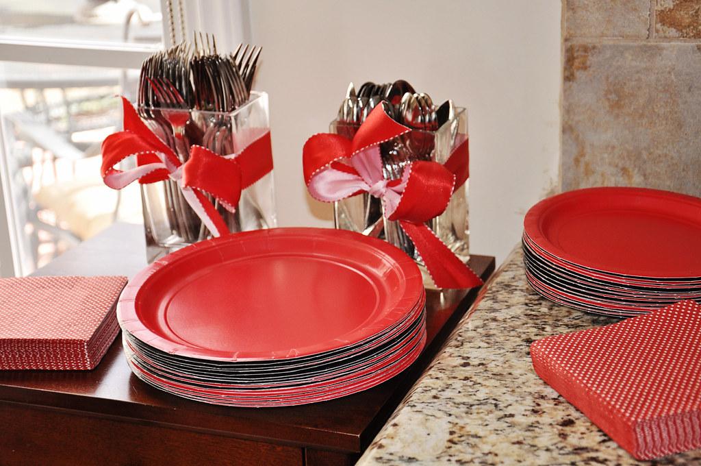OLIVIA plates