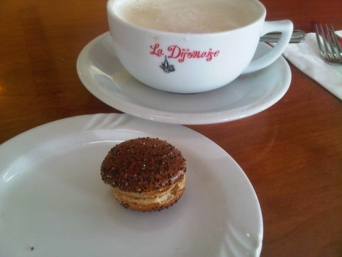 A little pitstop to recharge myself and my @BMWActiveE at the Helms Bakery charger...  Enjoying a Cafe au lait and Macaron!