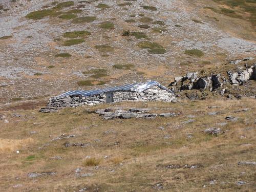 Cabane de Cézy 130