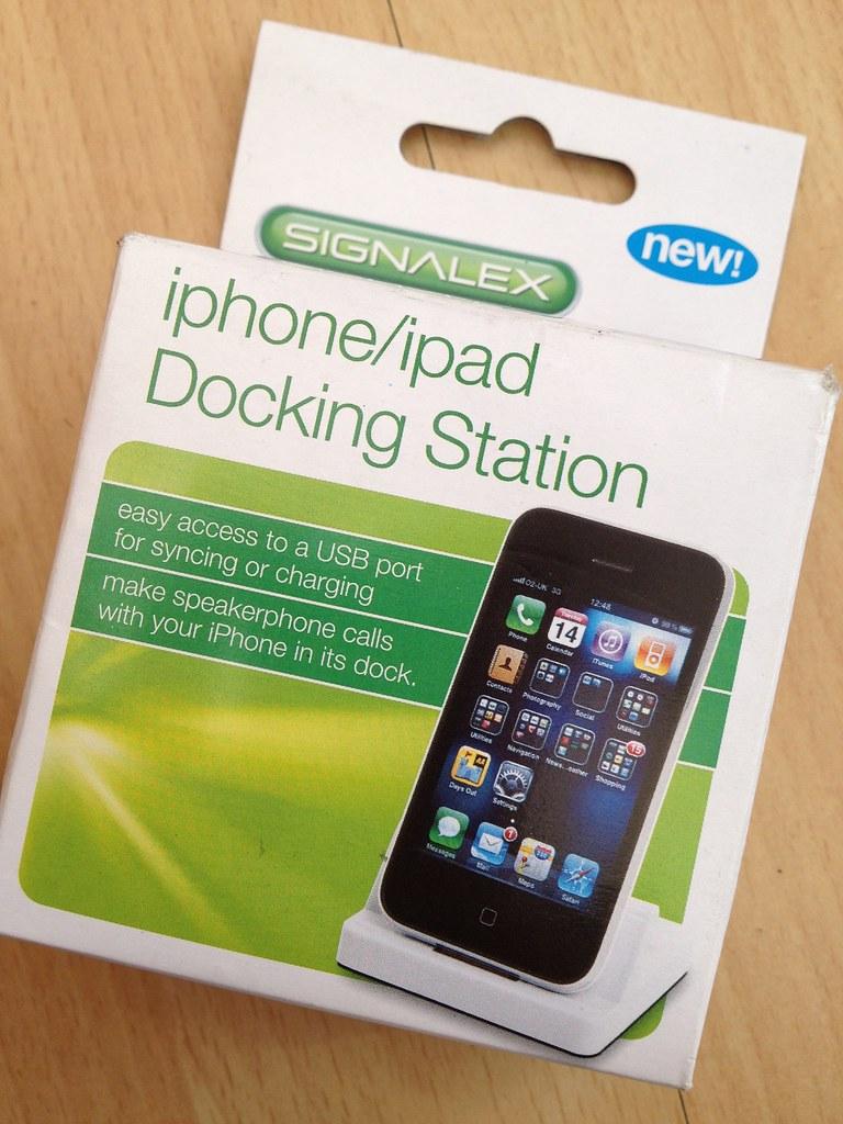 Poundland iPhone/iPad Docking Station