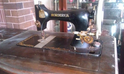 Hordenia treadle sewing machine