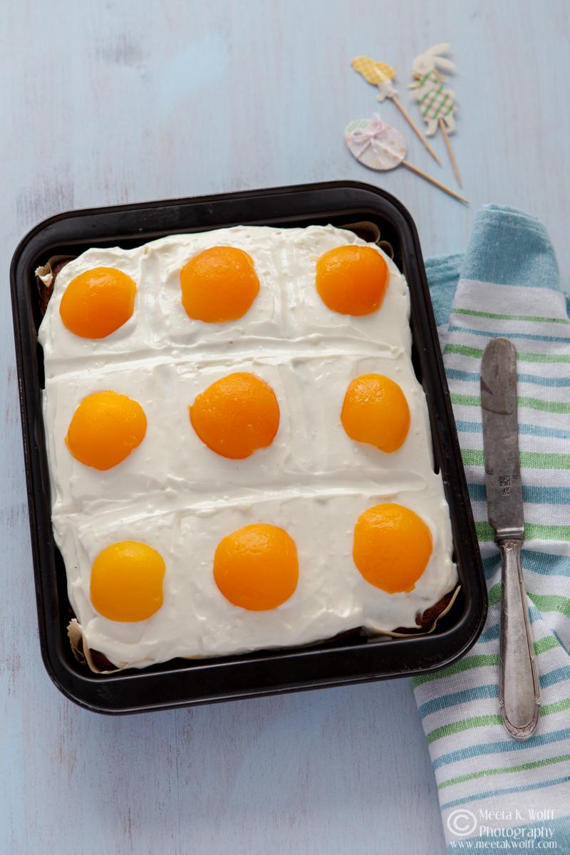 SunnySide Up Cake (0149)