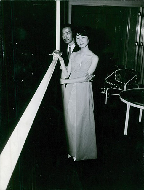 Nguyen Cao Ky standing with his wife Đặng Tuyết Mai. 1966