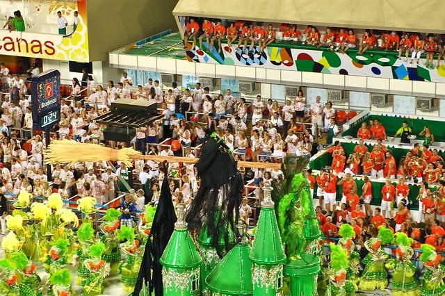 Rio's Carnival: Sao Clemente10