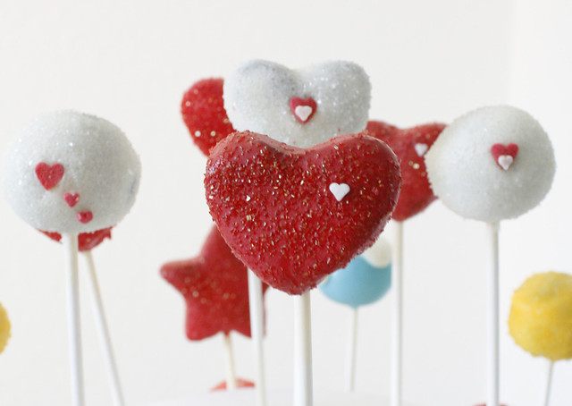 Cake Pops & Cupcakes for German TV show - Sat1 Regional - Kuchen am Stiel - Cake Pops Hannover- Valentine's Day Heart Shaped Cake Pops