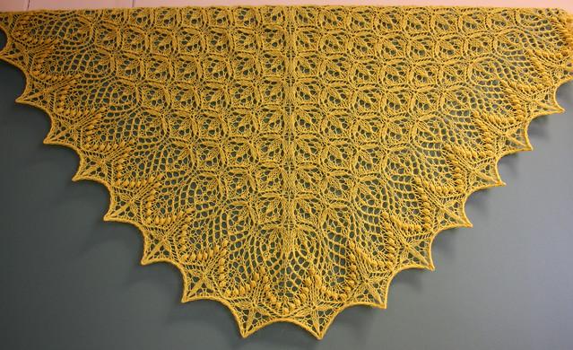 Echo Flower shawlette