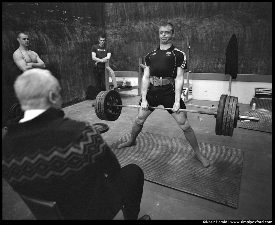 a powerlifter lifting a lot of weight