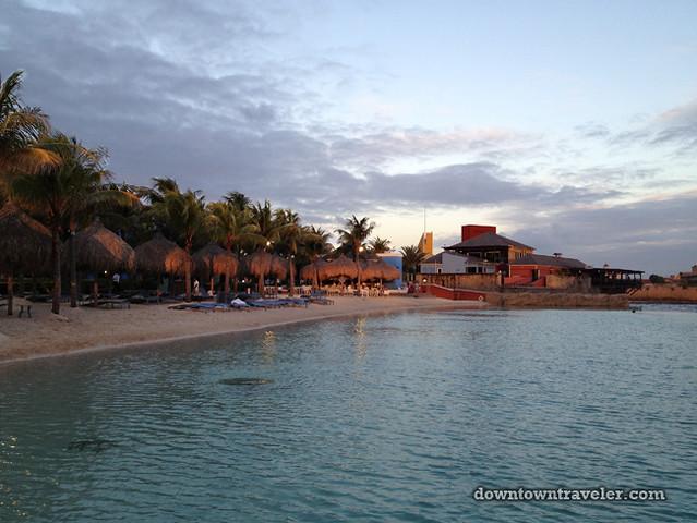 Renaissance Curacao Hotel_Infinity beach sunset