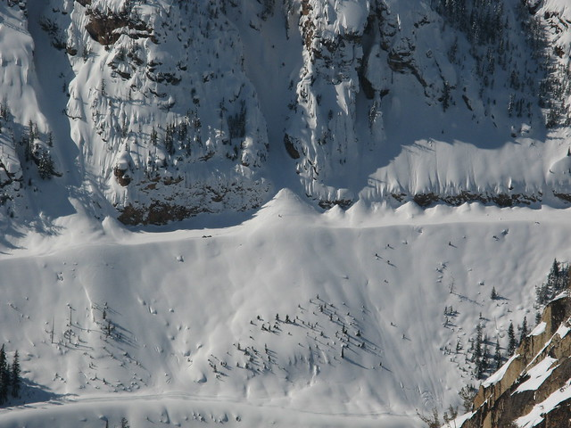 Avalanches on SR 20 below Liberty Bell