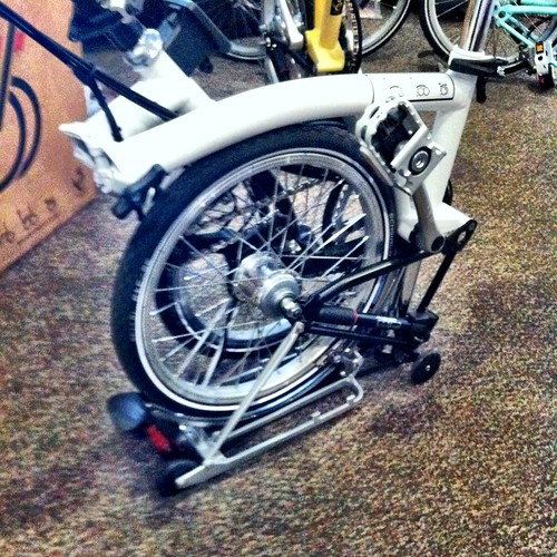 Brompton with rear rack as platform