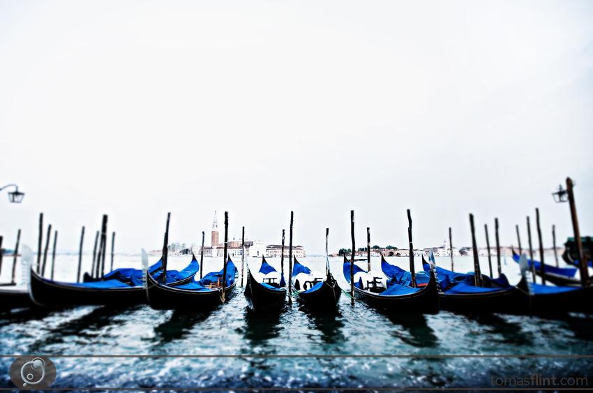 venice_boats_flint