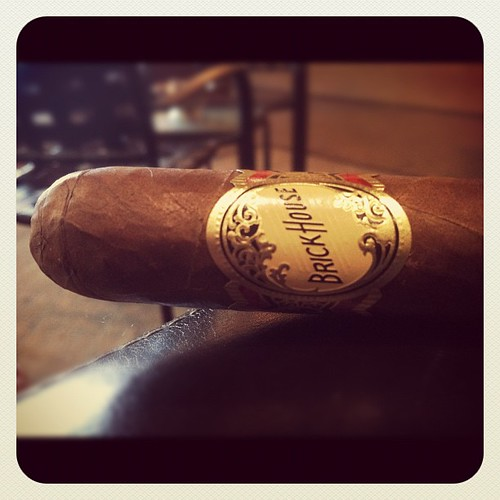 A Brick House Robusto by @JCNewmanCigars