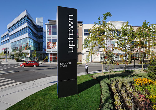 Uptown_4x6-100dpi-01-0741