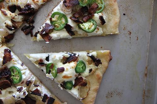 Jalapeno Popper Pizza, serves 6