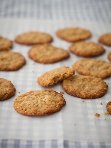 Ginger-oatcakes / Ingveri-kaerahelbeküpsised