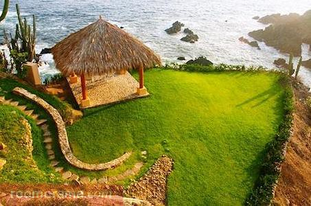Luxurious villa in Ixtapa, Mexico