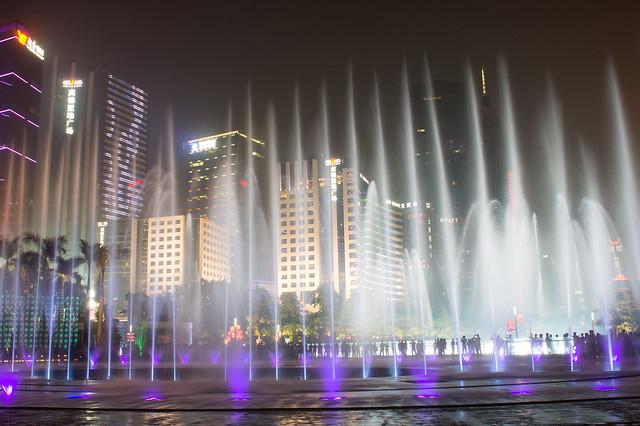 花城广场音乐喷泉1